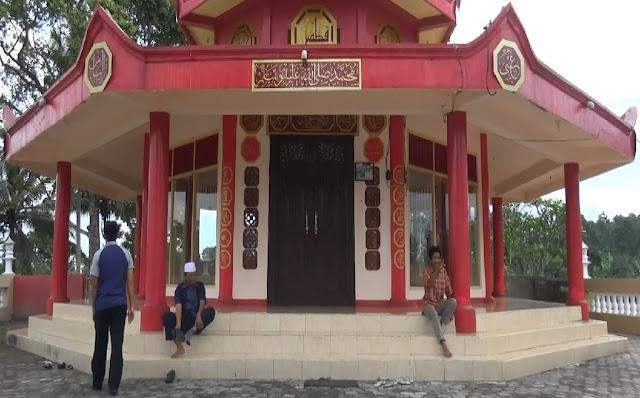 Masjid Pagoda Arsitektur China Di Lombok
