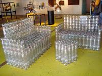 мебель из бутылок пвх, кровать из бутылок пвх, диван из бутылок пвх