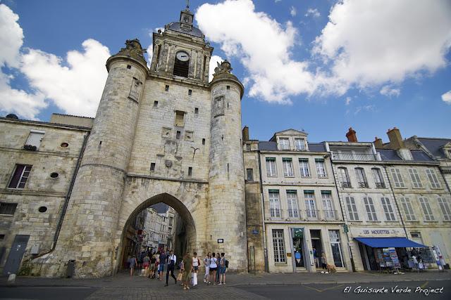 Gran Torre del Reloj - La Rochelle, por El Guisante Verde Project
