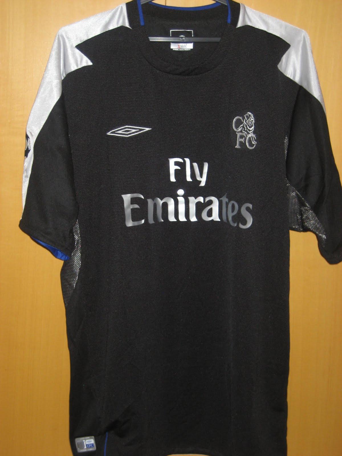 435183fa43f45 Camisaria Futebol Clube  Nova camisa negra do Chelsea e antigos ...