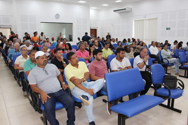 http://vnoticia.com.br/noticia/3345-comeca-o-julgamento-das-contas-do-ex-prefeito-pedrinho-cherene-na-camara-de-sfi