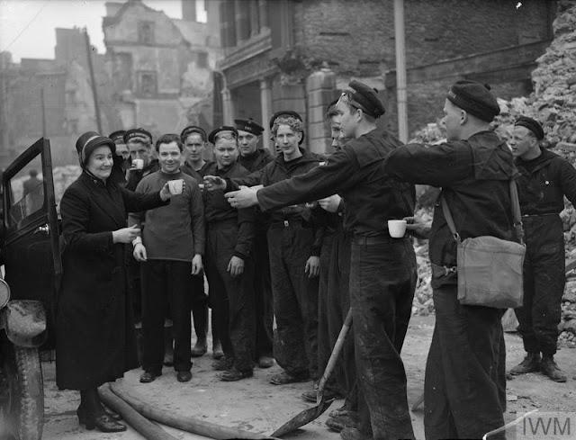 21 March 1941 worldwartwo.filminspector.com Plymouth Blitz