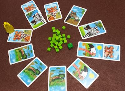 トラ4枚(うち1枚はシマウマの裏、1枚はフラミンゴの裏であると判明)、ワニ3枚、フラミンゴ2枚、シマウマ2枚、バク1枚が表