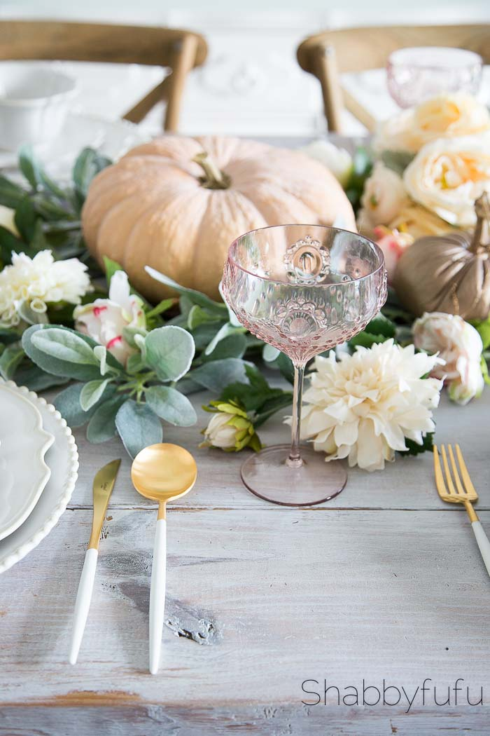 soft-floral-centerpiece-blush-fall