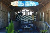Hotel Motel Charlie Does Inn Baler