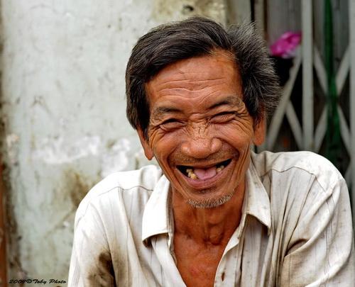 Debaonline4u How Can We Define A Happy Person