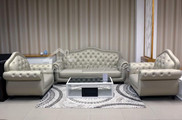 Bộ ghế sofa được phối màu cùng tông với thảm