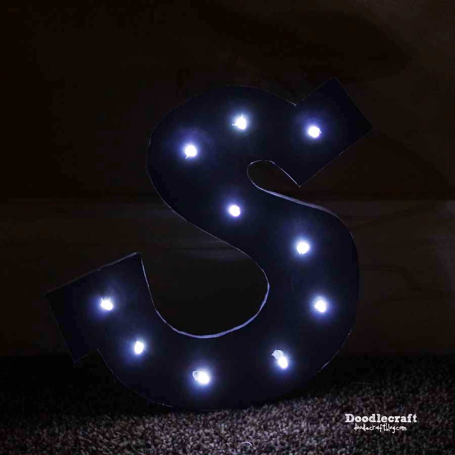 String Lights For Marquee : Doodlecraft: Monogram Marquee Sign!