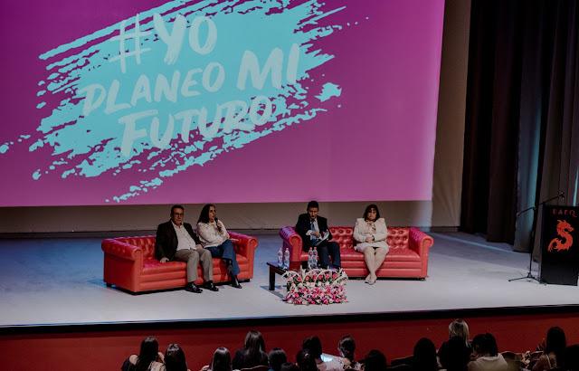 El embarazo adolescente no planificado: un tema politico, económico y social