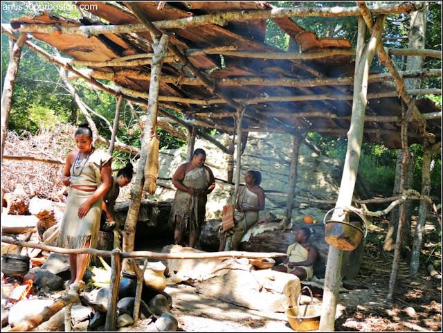 Wampanoag Homesite en la Plimoth Plantation: Cocinando