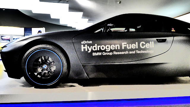 Hydrogen Fuel Cell BMW i8