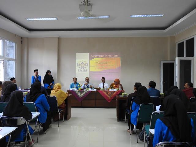 Jurusan Ilmu Perpustakaan dan Informasi Islam Selenggarakan Visiting Doctor dan Penandatanganan MoA