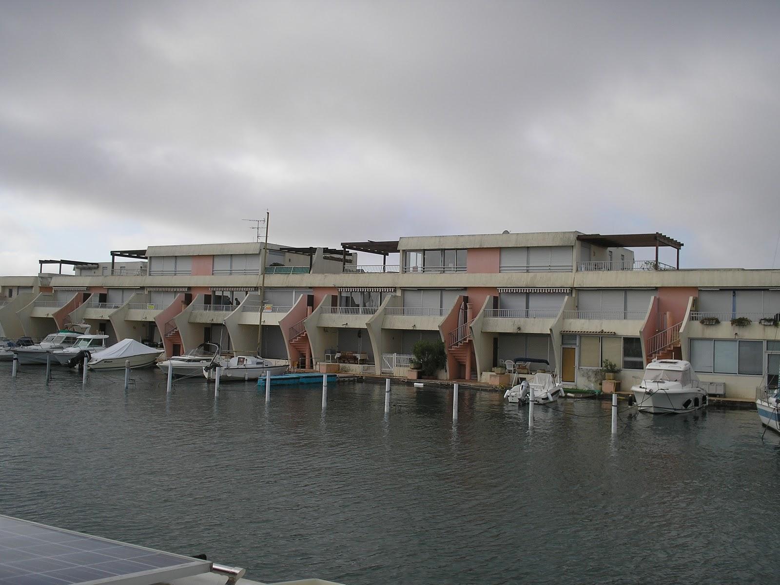 Blue lagoon le convoyage de cirrus - Meteo consult port camargue ...