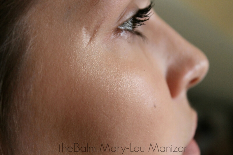 THEBALM MARY-LOU MANIZER swatch on face