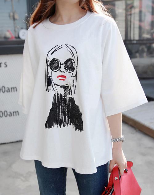Sketch Girl Print Boxy T-Shirt