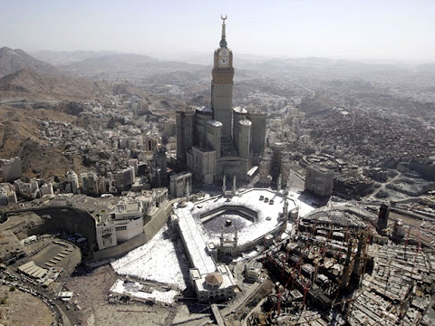 makkah mecca clocktower skyscrapers hajj buildings