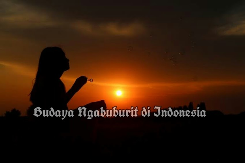 Budaya Ngabuburit di Indonesia