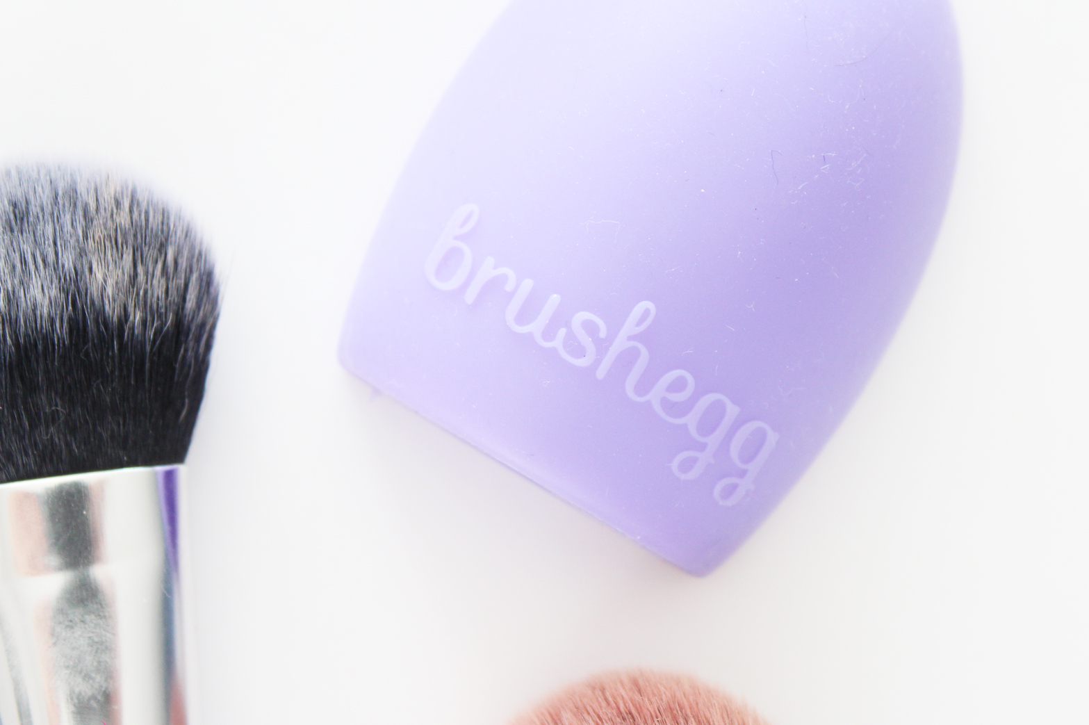 CHEAP EBAY FINDS | BrushEgg - Brush Cleaning Tool - CassandraMyee