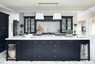 what color to paint a small kitchen to make it look bigger