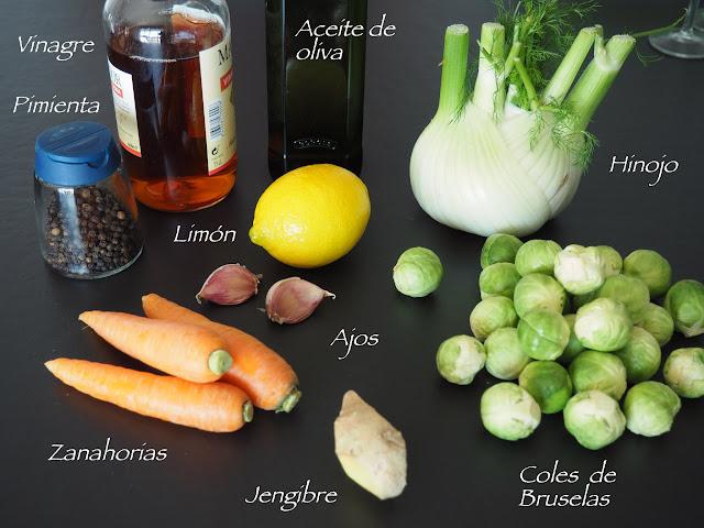 Escabeche de coles de Bruselas aromatizado con hierbas y especias