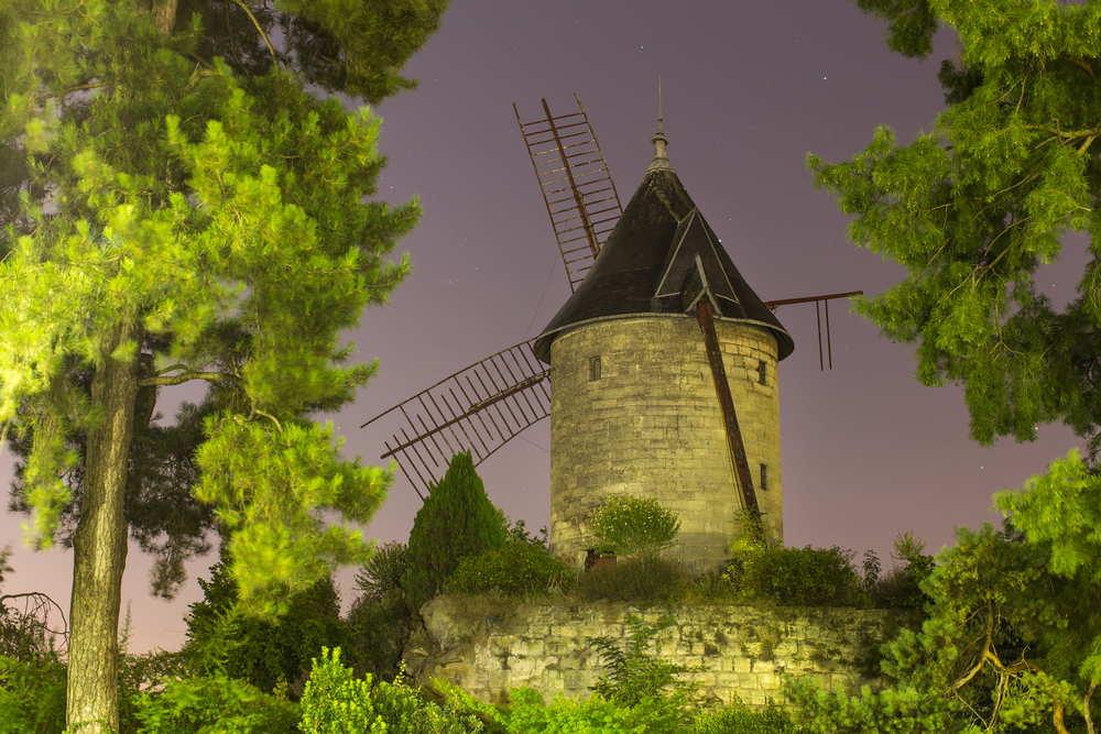 Old Longchamp Windmill