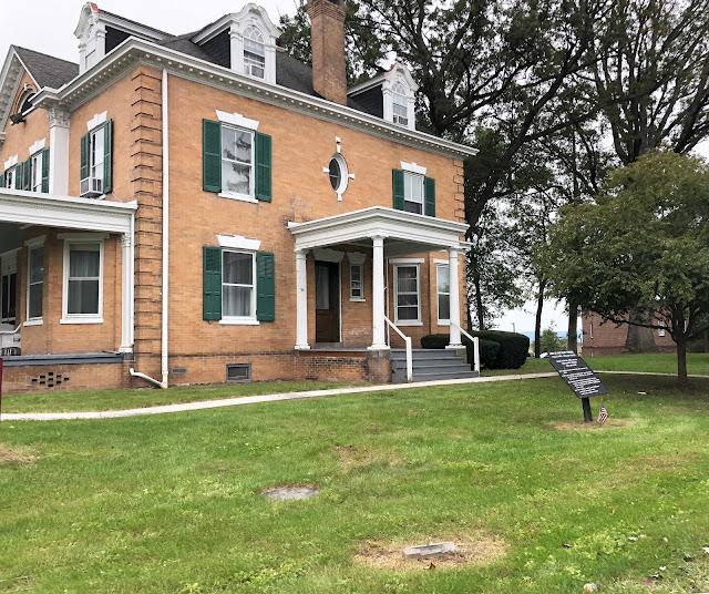 Historic Home Building at Gettysburg Battlefields