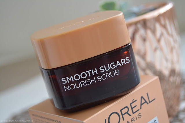L´Oréal Smooth Sugars Nourish Scrub peeling pro vyhlazení a výživu pleti