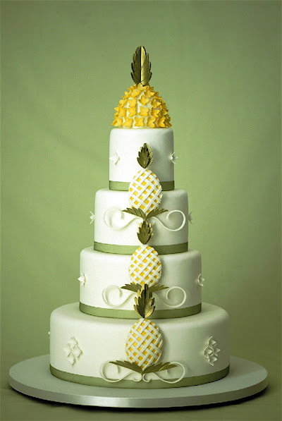 Hawaiian Pineapple Wedding Cake