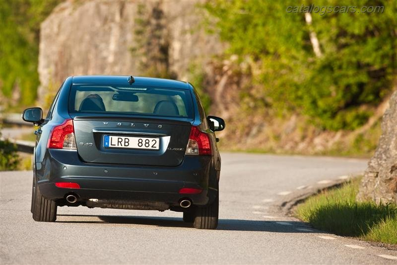 صور سيارة فولفو S40 2013 - اجمل خلفيات صور عربية فولفو S40 2013 - Volvo S40 Photos Volvo-S40_2012_800x600_wallpaper_03.jpg