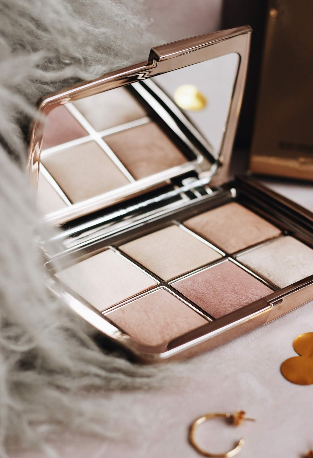 Hourglass Ambient Lighting Edit Unlocked Palette Review