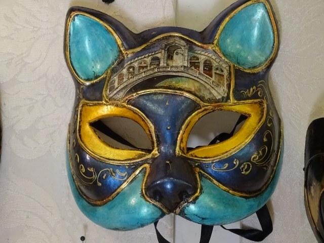 gato veneciano mascara italia