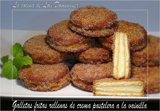 Galletas Fritas Rellenas De Crema Pastelera A La Vainilla