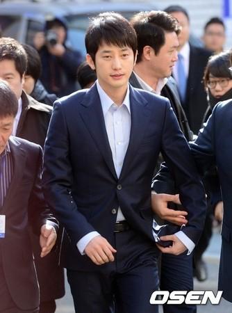 南韓男神性侵,南韓男神性侵