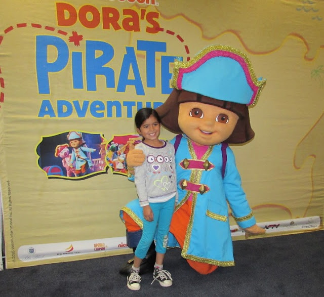 Dora #TheExplorer #DoraLiveSA @NickAfrica and young fans #thelifesway #photoyatra