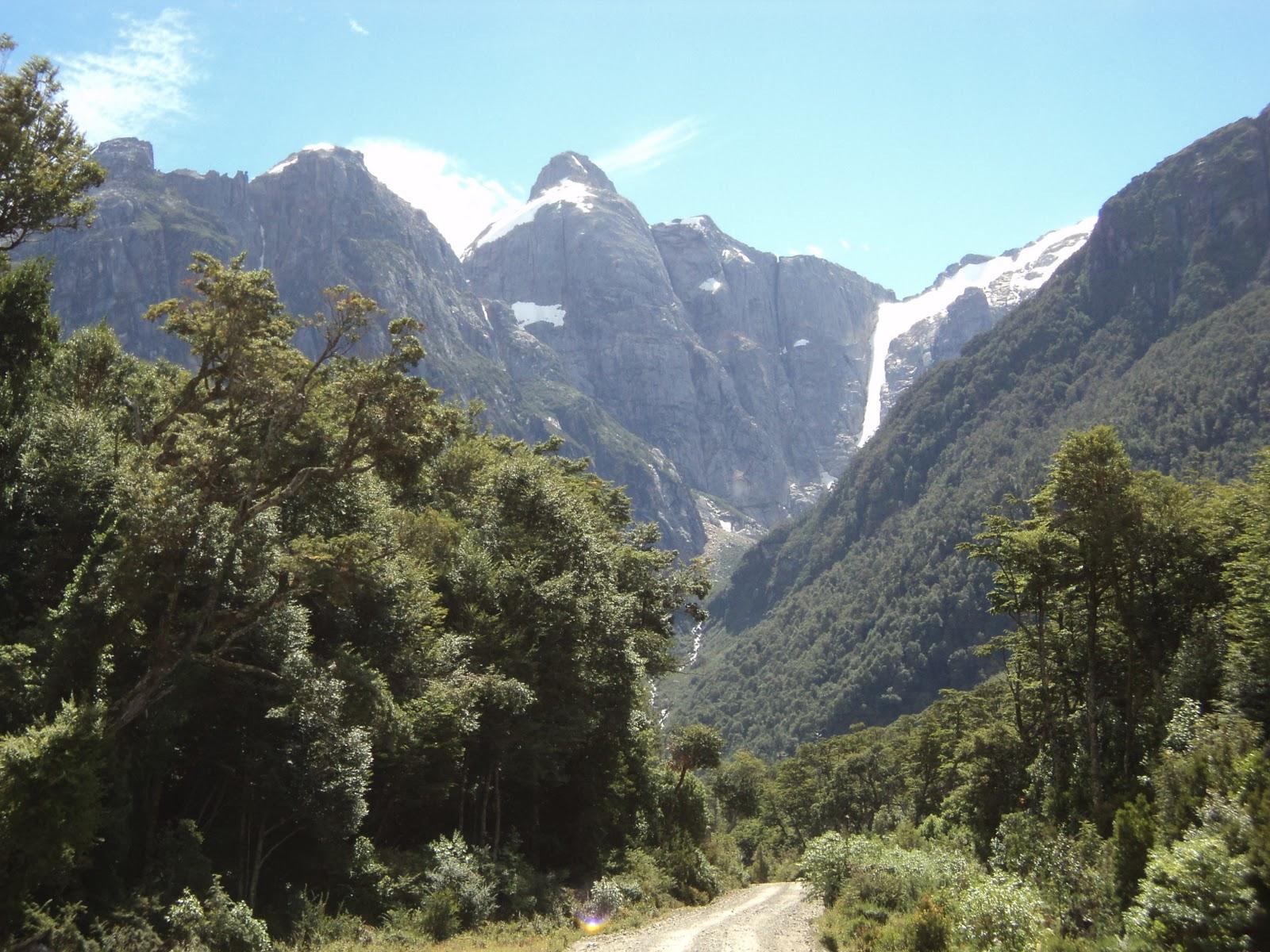 Exploradores De La Patagonia: Sudamérica En Bici: Bahía Exploradores
