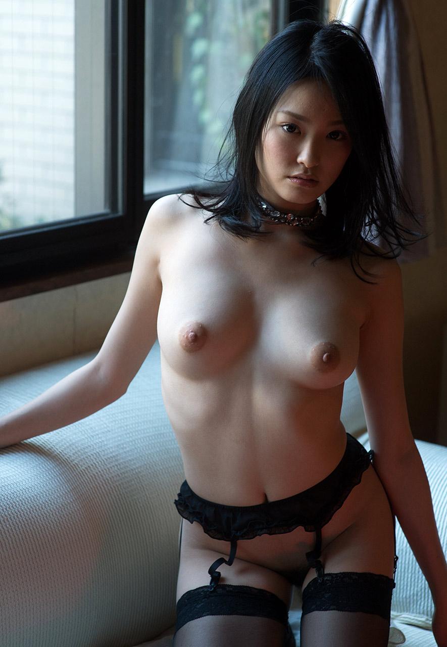 ai yuzuki hot nude photos 01