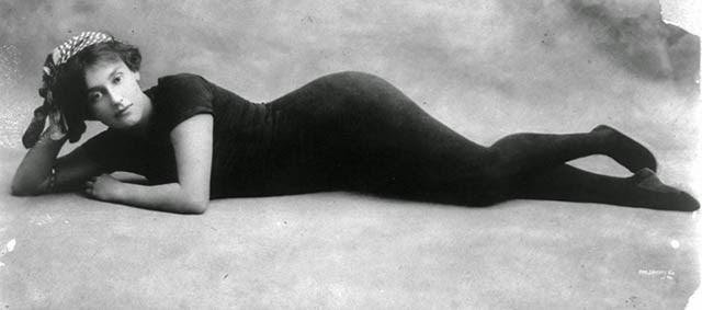 vintage beach chairs zero gravity chair weight limit before the modern day bikini: 33 interesting photos that show swimwear fashion of ...