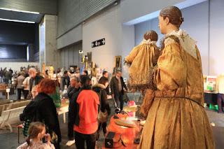 Feria de antigüedades Desembalaje en BEC!