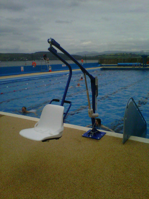 Mobility Products For Disabled People Bluone F145 Pool Lift