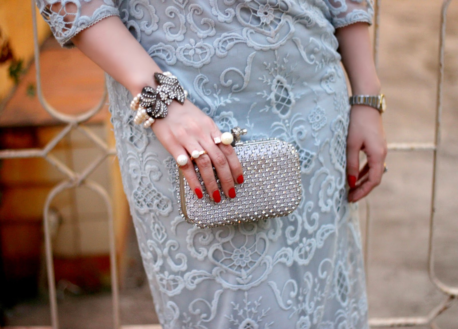Pearl Jewelry, Crystal studded clutch