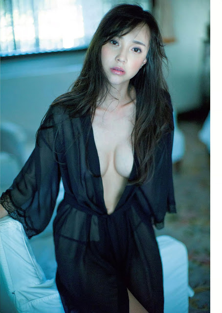 ICONIQ Ito Yumi 伊藤ゆみ Weekly Playboy Sep 2016 Pictures 05