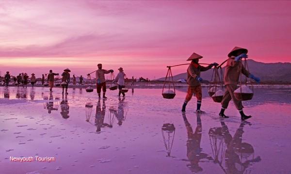 The salt fields near Van Phong Bay, Khanh Hoa province 3