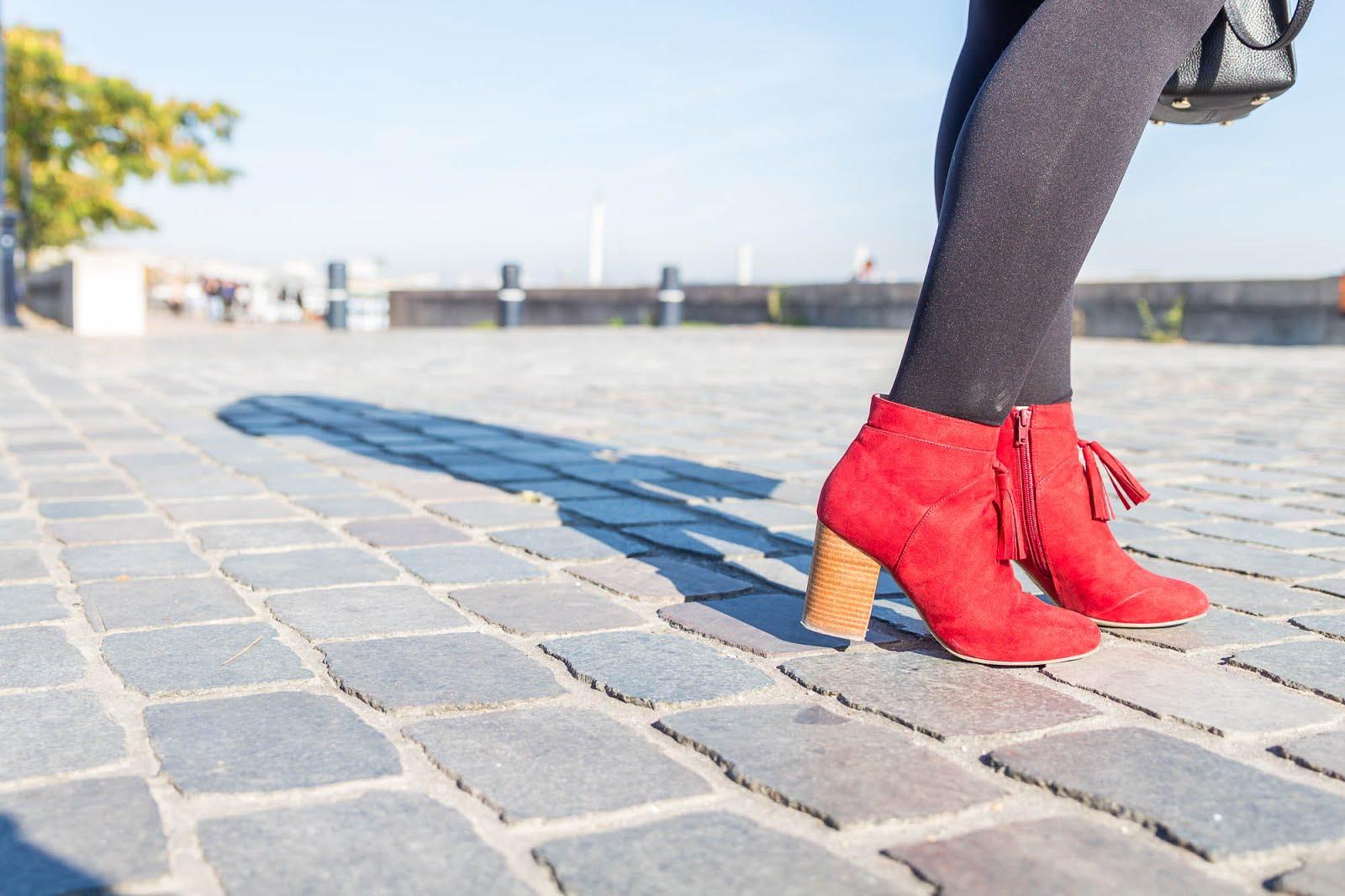 bottines à talons rouges