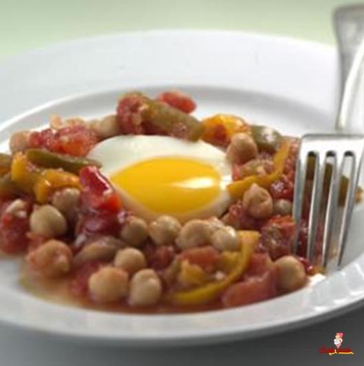 الخضار المطبوخ مع البيض البوشية