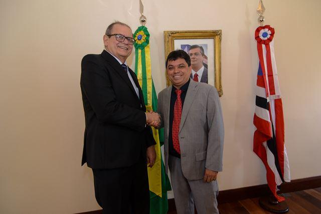 Humberto Coutinho (E) e Márcio Jerry, hoje no Palácio dos Leões. Foto: Karlos Gerômy
