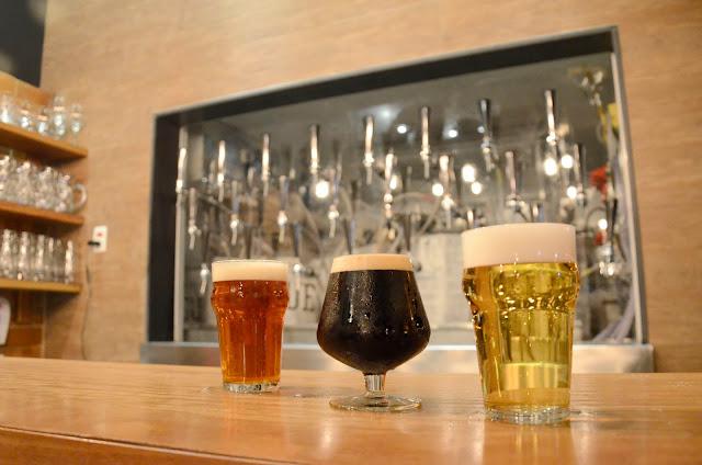 Cervejas Pub Escondido, CA - Alexandre Macieira