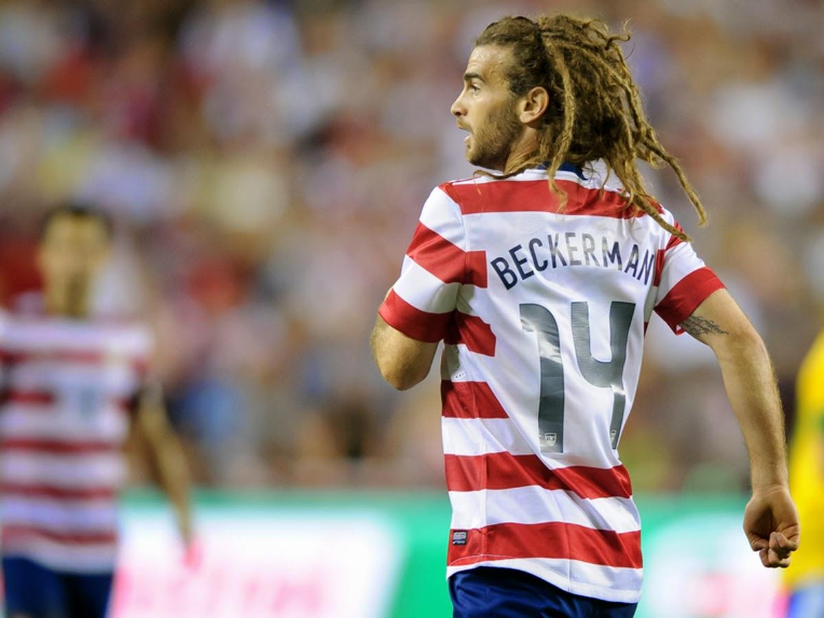 MEDIO CLUB: Gaya rambut unik pemain USA