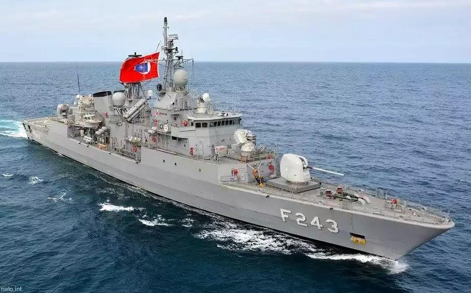 Η Τουρκία απαγόρευσε στα ελληνικά πλοία να κάνουν ασκήσεις επί της «τουρκικής ΑΟΖ»