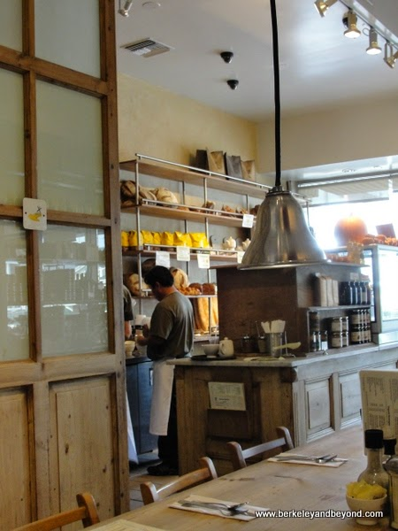Le Pain Quotidien in Brentwood, California