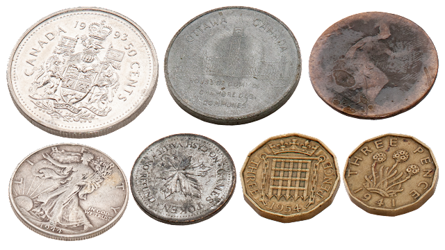 Coins from the UK, Canada and the US of various vintages.